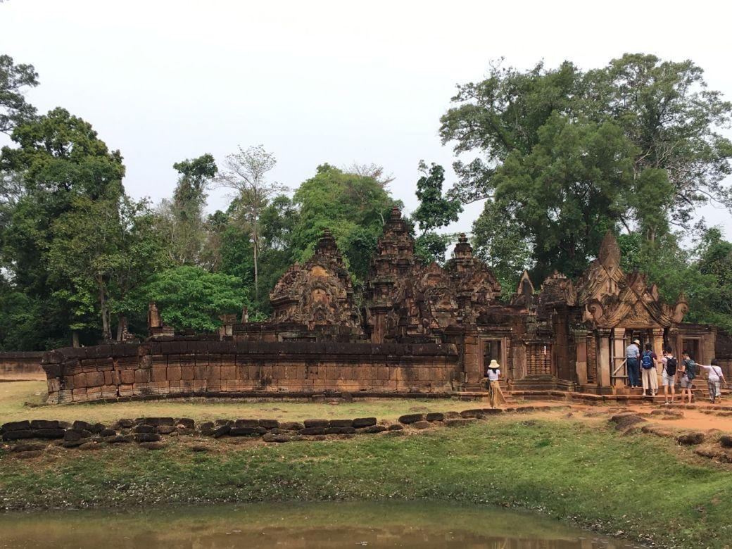 Bantey Srei Temple (1)