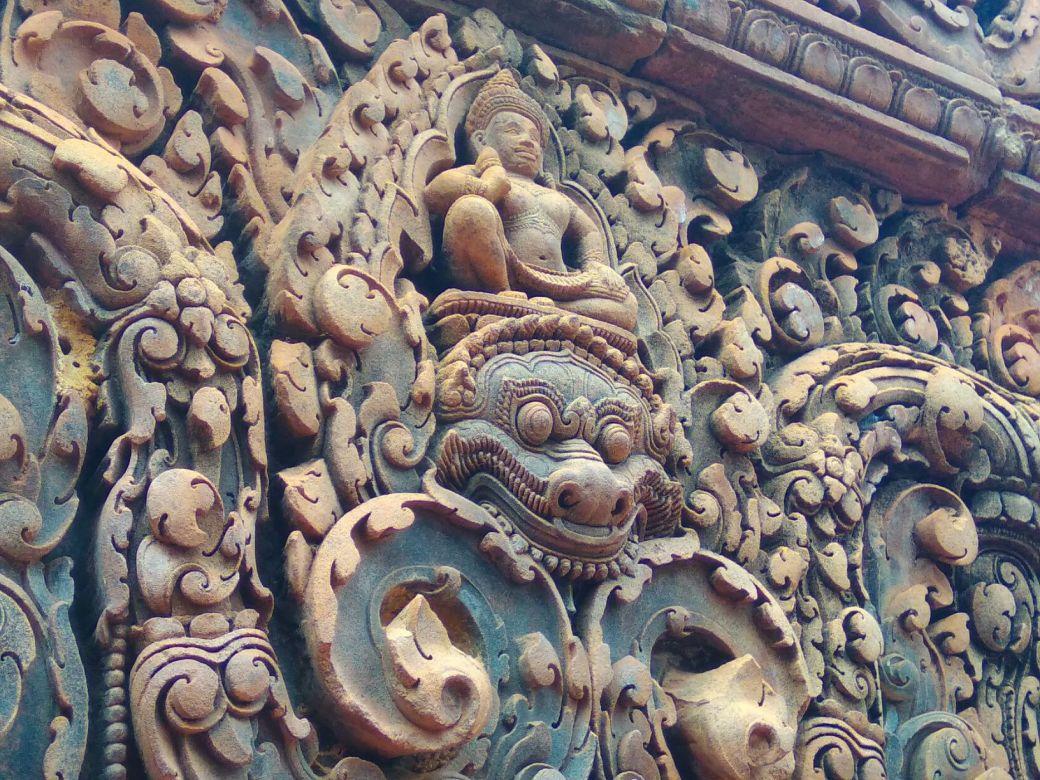 Bantey Srei Temple (2)