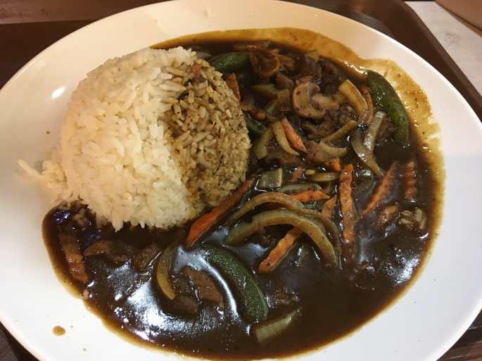Black pepper beef-min