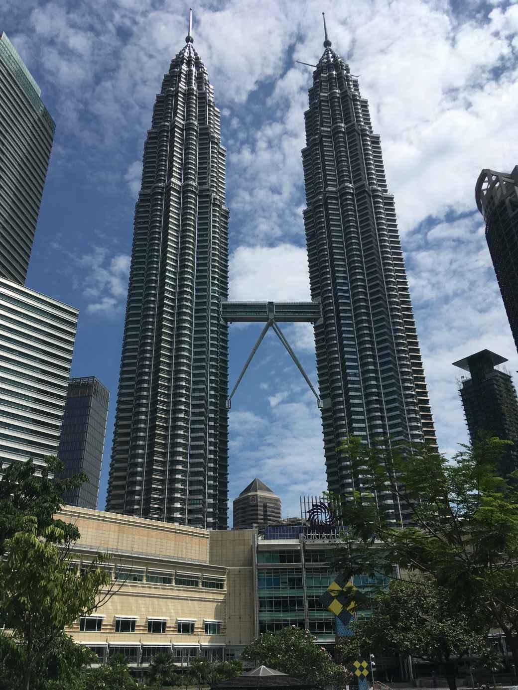 Kuala Centre - Petronas towers (4)