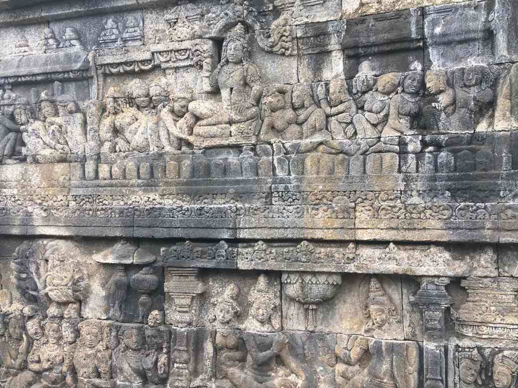 Sculptures Borobudur (2)-min