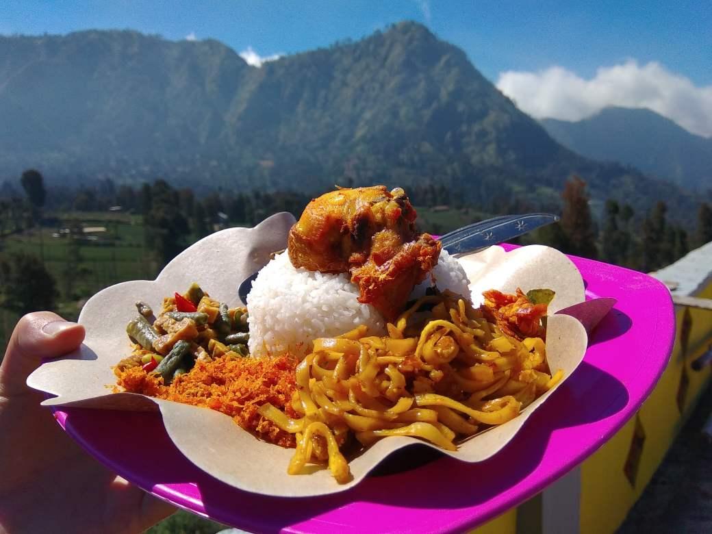 Ceromo Lawang Chicken rice