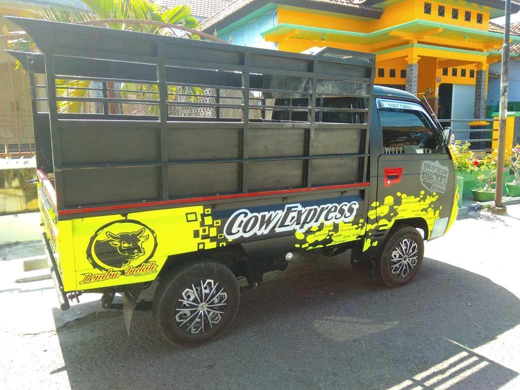 Cow express bus-min