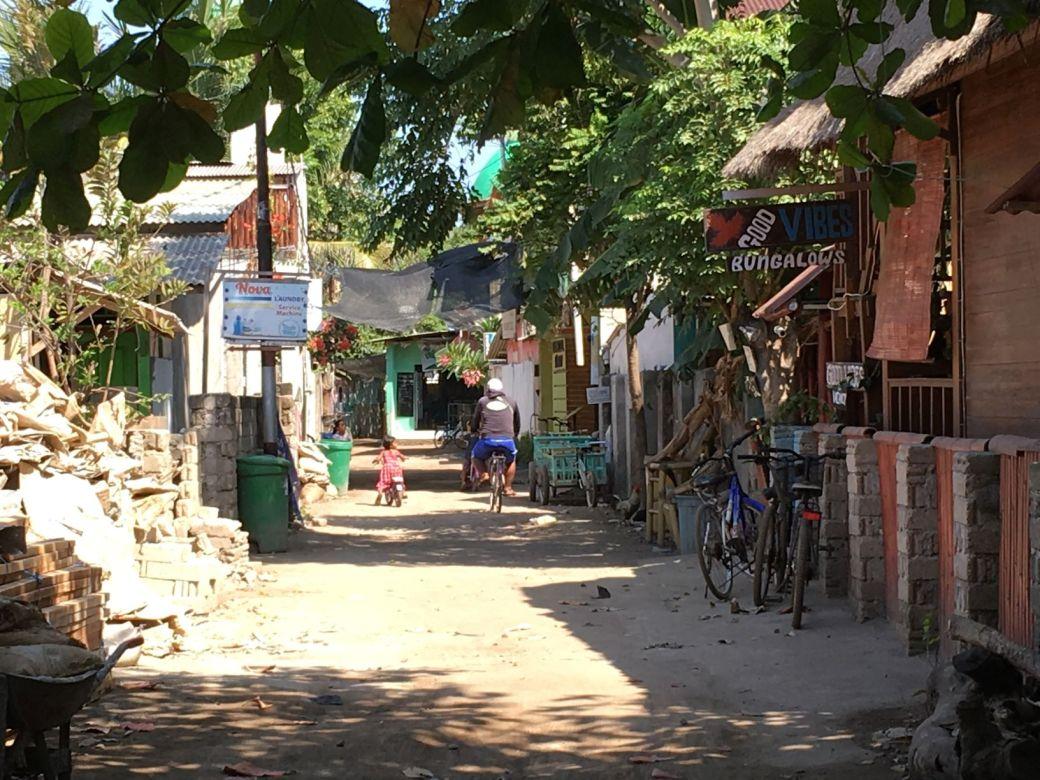 Gili Trawangan streets (2)