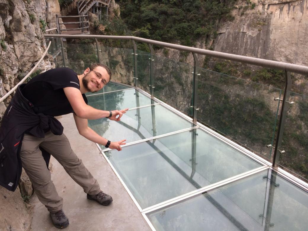 Glass Walk Yuntaishan et vue sur la vallée (5)