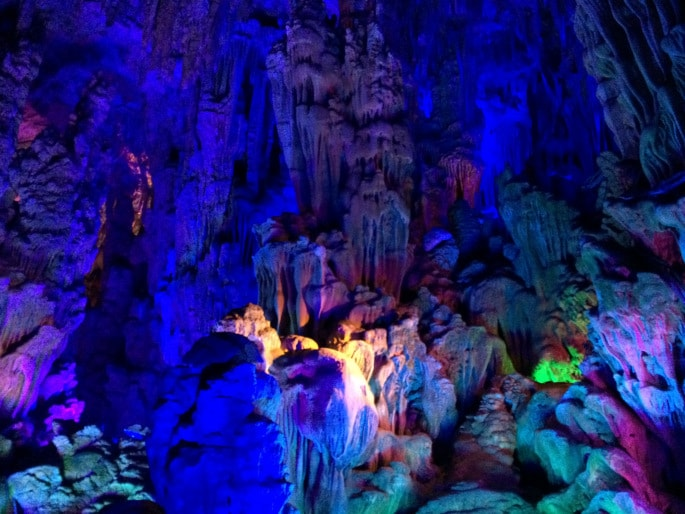 Guilin - Reed Flute Cave (3)-min