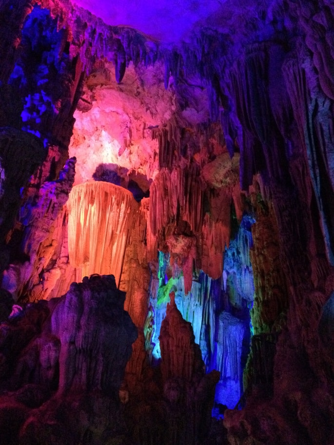 Guilin - Reed Flute Cave (4)-min