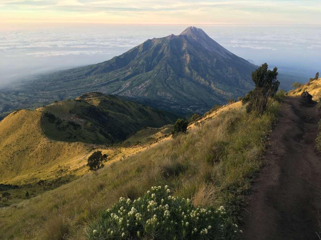 Merapi Viewpoint - Merbabu Trek (2)-min