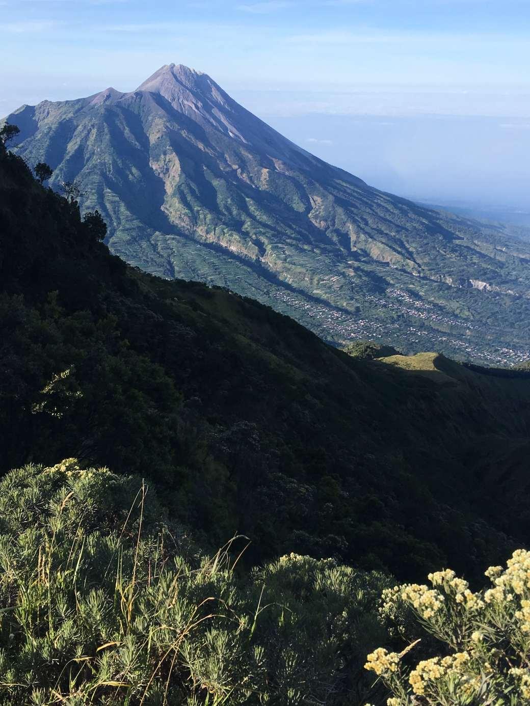 Merapi Viewpoint - Merbabu Trek (5)-min