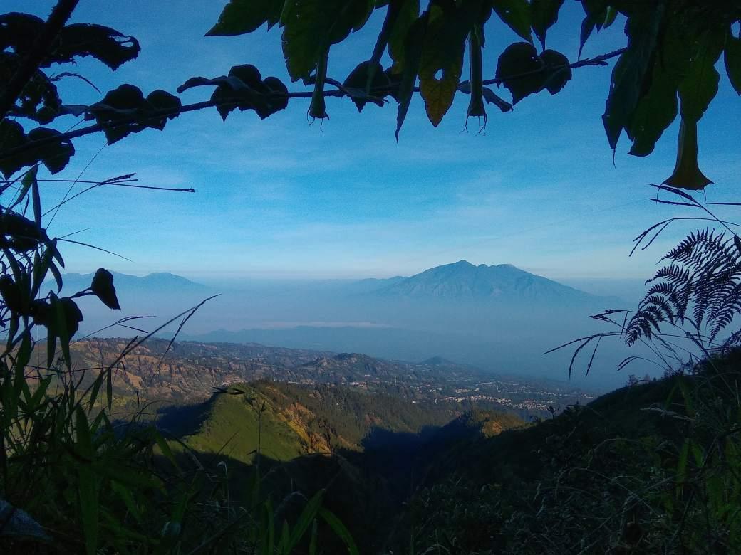 Path to king Kong Hill sunrise Bromo (7)-min