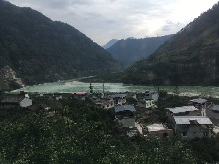 Road from Tagong to Chengdu (1)