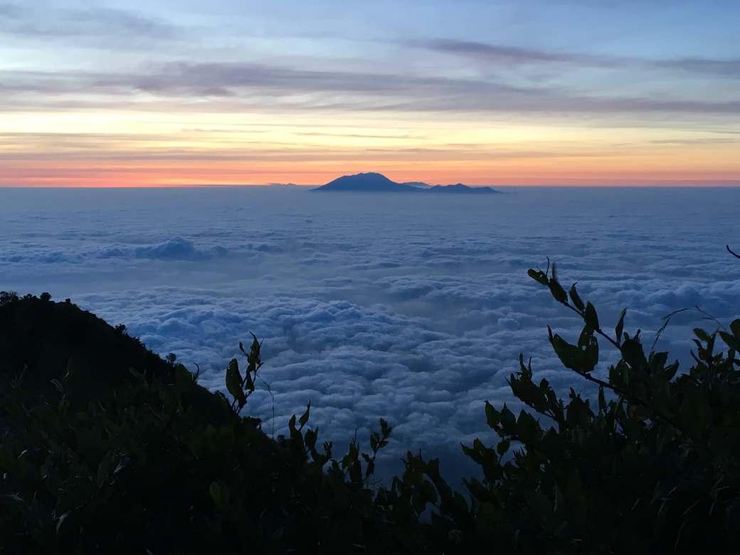 Sunrise Gunung Merbabu (2)-min