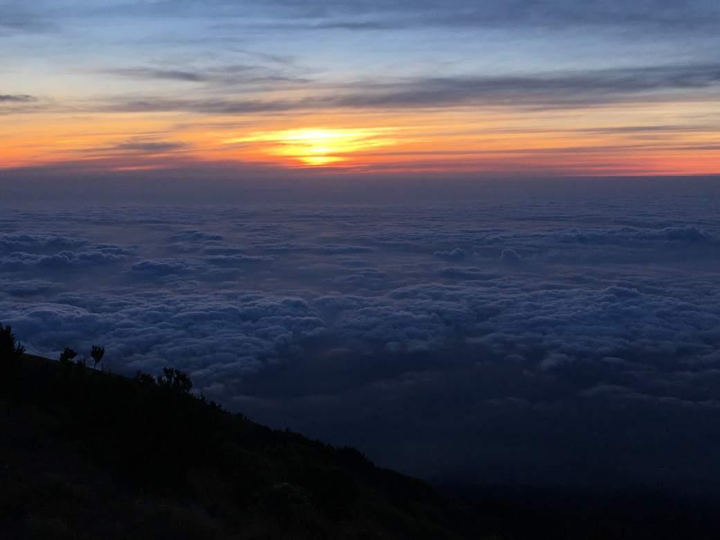 Sunrise Gunung Merbabu (4)-min
